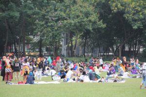 victoria park day off